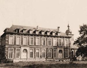 De oude abdij van Kortenberg waar het HK van het VI/LK zich opstelt vanaf 11 mei