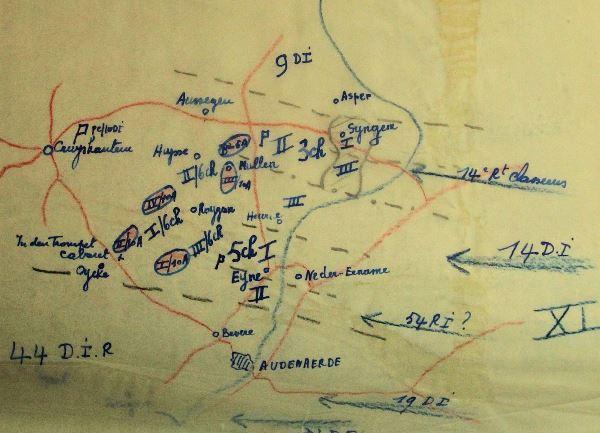 Opstelling van de 10Div tussen Zingem en Eine op 19 mei