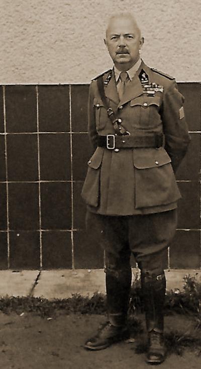 Luitenant-kolonel Albert Deconinck in krijgsgevangenschap in Oflag XVIII nabij Salzburg.