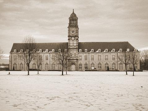 Sint-Bernard kazerne Hemiksem (naoorlogse foto).