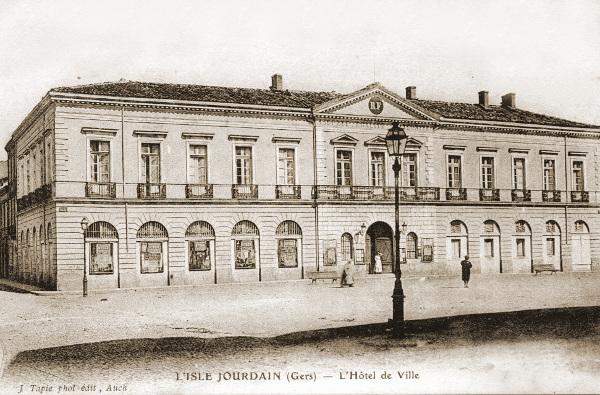 L'Isle-Jourdain gemeentehuis