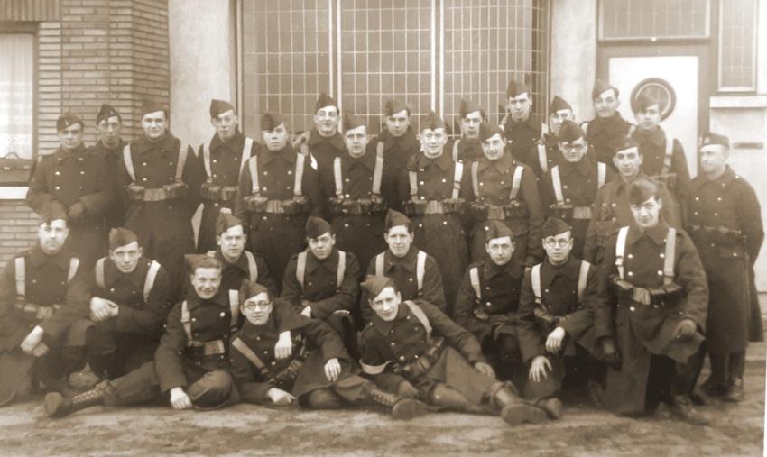 Ook deze foto toont een peloton van de 3de Compagnie, waaronder ook Soldaat Pierre Figoureux (Bron: Eddy Figoureux).