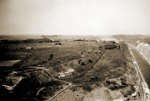 Superstructuur van het fort van Eben-Emael na de landing van de zweefvliegtuigen