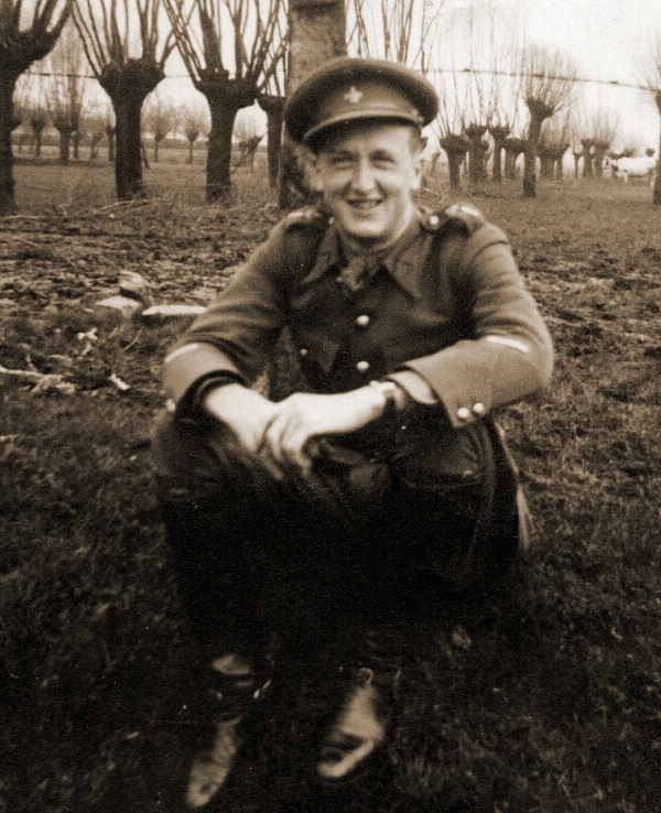 Wachtmeester René Louwers van de Gp Cy 17Div tijdens de mobilisatie (foto: Ben De Staercke).