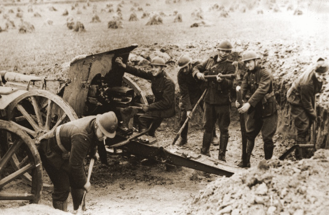 Persfoto artillerie in stelling