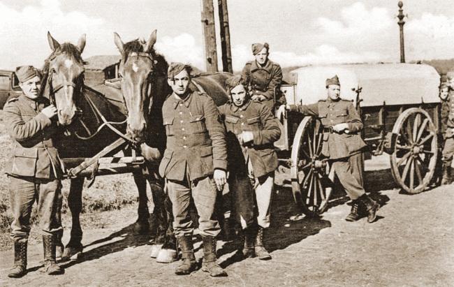 Paardenkar Mei 1940